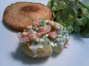 aardappel in de schil met spinazie en feta
