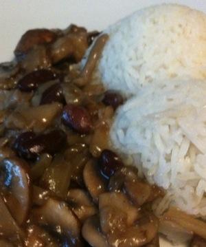 rijst met paddestoelensaus